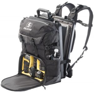 pelican-photographer-camera-travel-pack