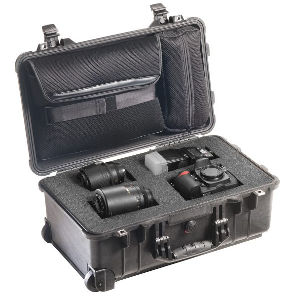pelican-professional-rolling-travel-camera-case